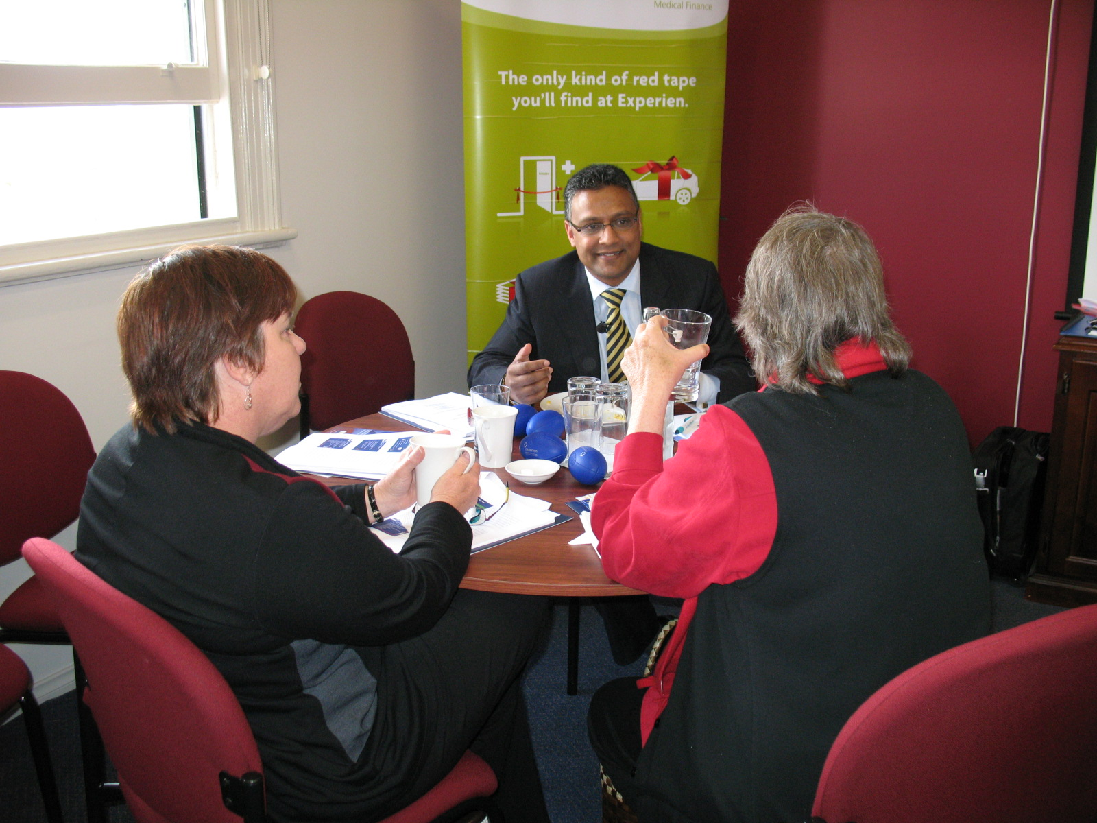 DD Speaking to Practice Managers at a Esperance H&L Seminar